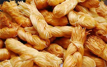 Рецепт салата «Косичка» из копченого сыра